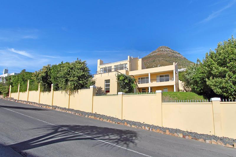 Property For Sale in Llandudno, Cape Town 4