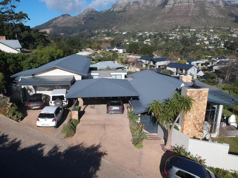 Property For Sale in Kenrock Country Estate, Hout Bay 4