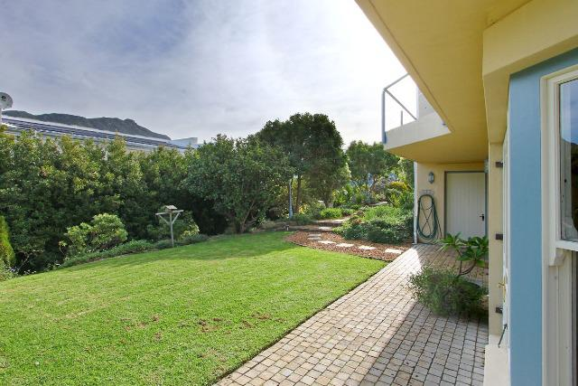 Property For Sale in Hout Bay, Cape Town 25