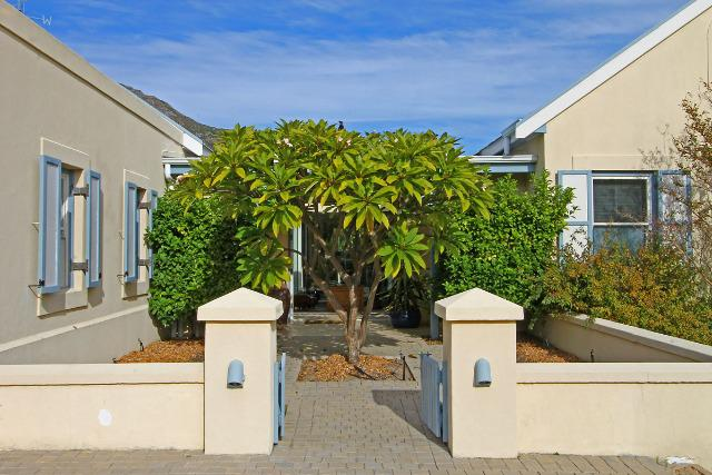 Property For Sale in Hout Bay, Cape Town 26