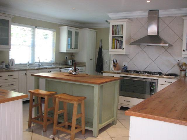 Property For Sale in Hout Bay, Cape Town 18