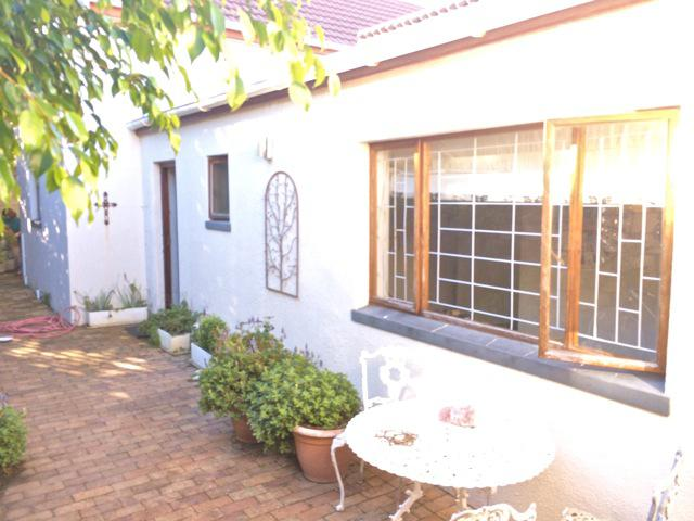 Property For Sale in Hout Bay, Cape Town 41