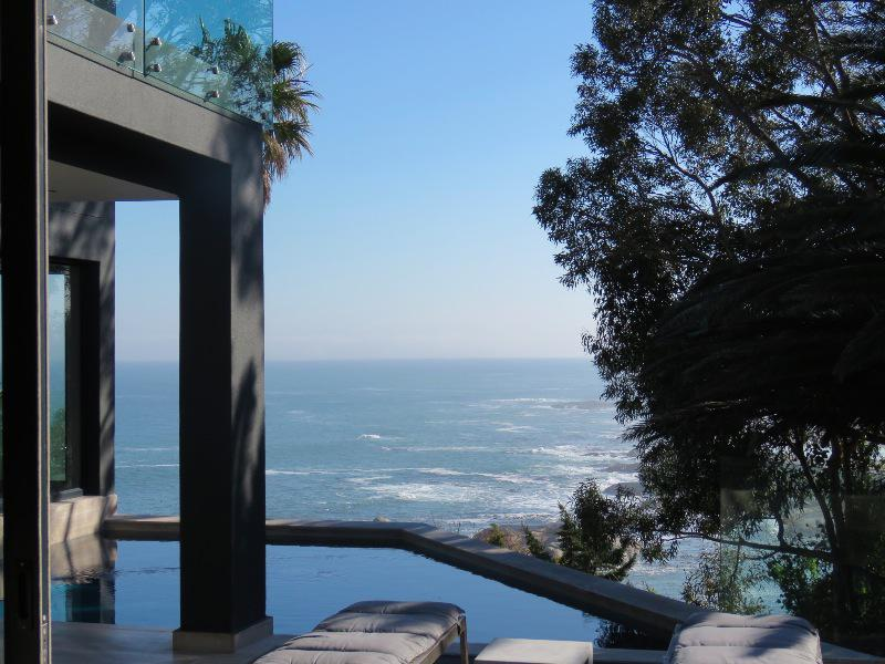 Property For Sale in Camps Bay, Cape Town 6