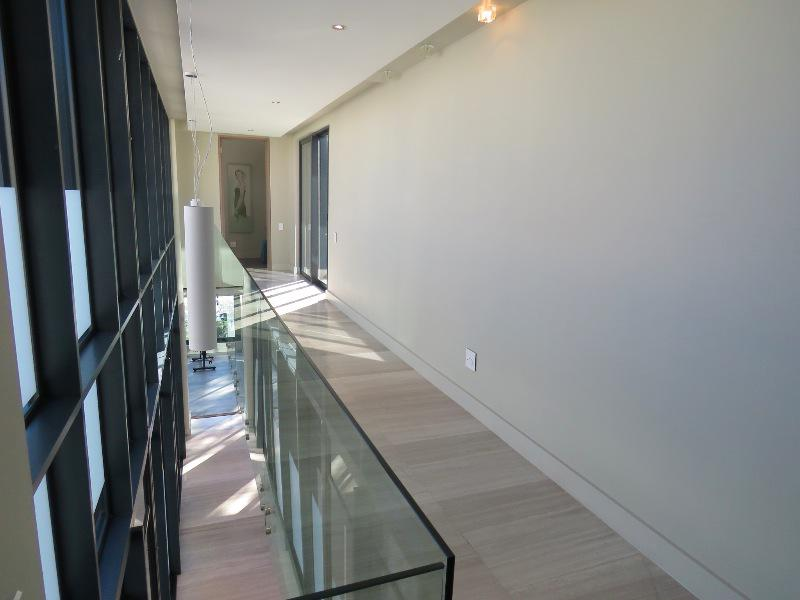 Property For Sale in Camps Bay, Cape Town 9