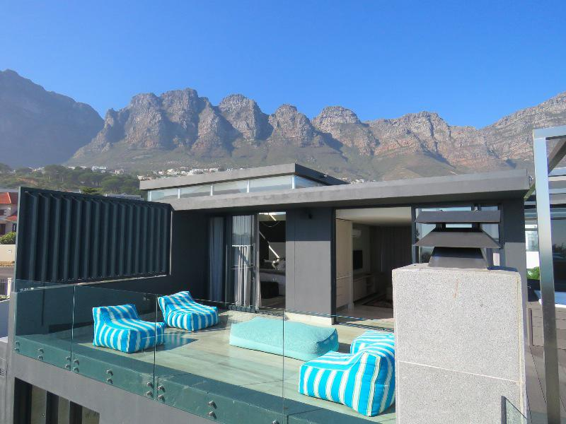 Property For Sale in Camps Bay, Cape Town 23