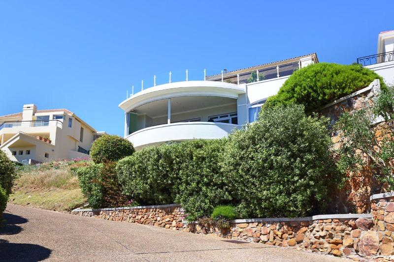 House For Sale in Hout Bay, Cape Town