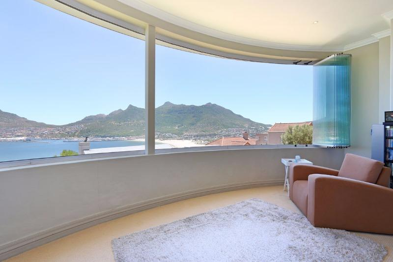 Property For Sale in Hout Bay, Cape Town 15