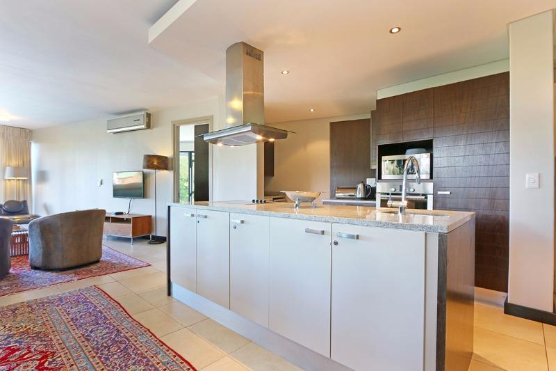 Property For Sale in Camps Bay, Cape Town 10