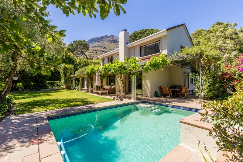 Property For Sale in Scott Estate, Hout Bay 7