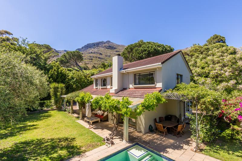 Property For Sale in Scott Estate, Hout Bay 1