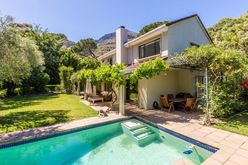 Property For Sale in Scott Estate, Hout Bay 10