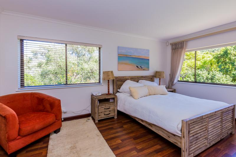 Property For Sale in Scott Estate, Hout Bay 13
