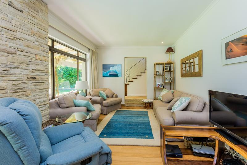 Property For Sale in Scott Estate, Hout Bay 27