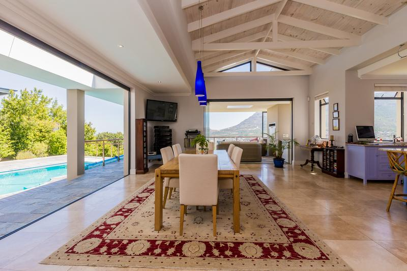 Property For Sale in Berg En Dal, Hout Bay 11