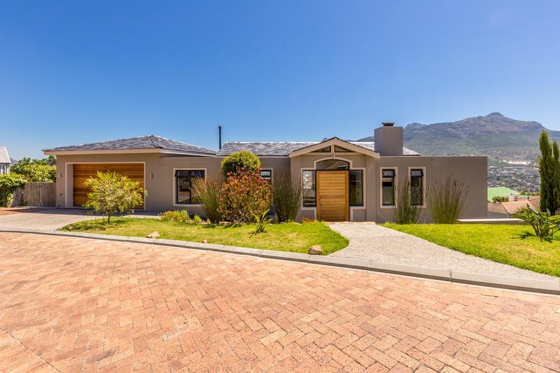 Property For Sale in Berg En Dal, Hout Bay 15