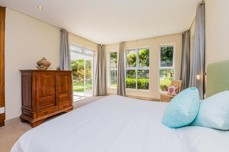 House For Sale in Avignon, Hout Bay