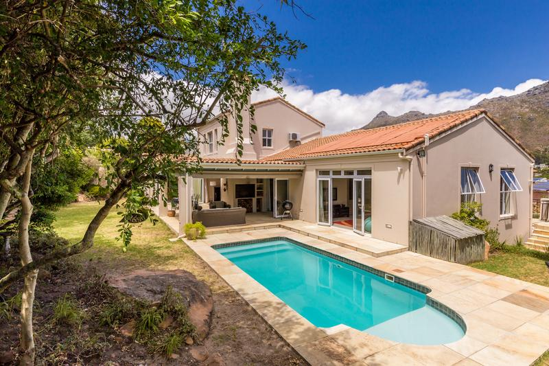 Property For Sale in Avignon, Hout Bay 6