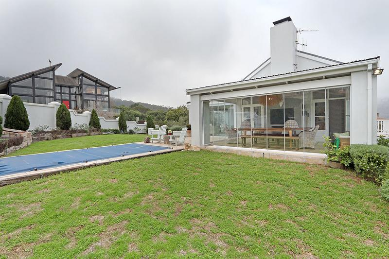 Property For Sale in Kronenzicht, Hout Bay 2