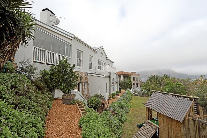 Property For Sale in Kronenzicht, Hout Bay 3