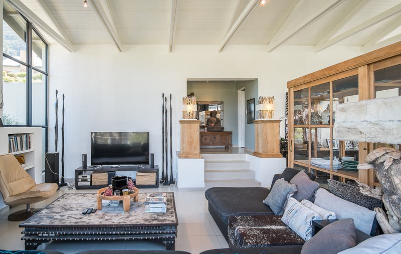 Property For Sale in Kenrock Country Estate, Hout Bay 8