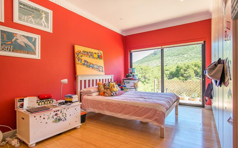 Property For Sale in Kronenzicht, Hout Bay 21