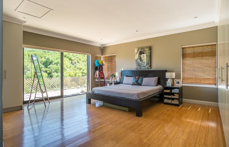 Property For Sale in Kronenzicht, Hout Bay 15