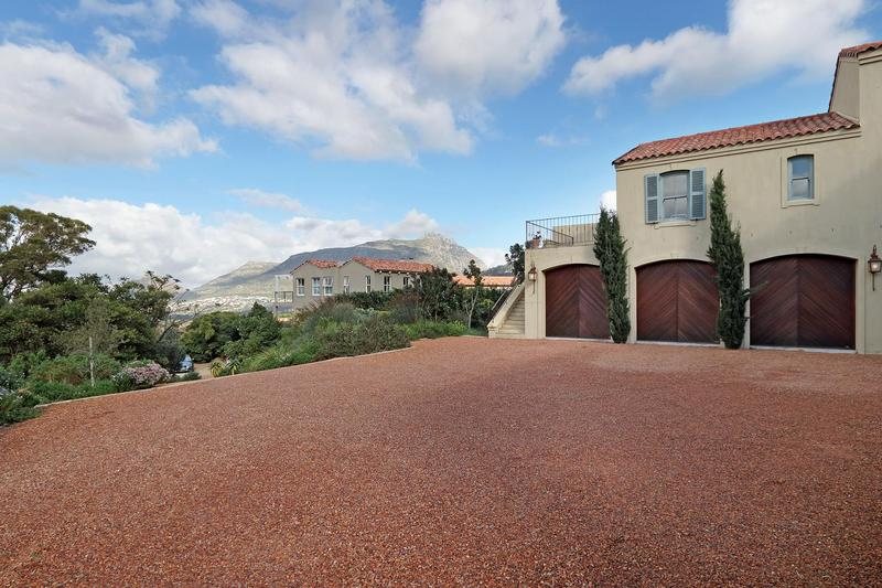 Property For Sale in Avignon, Hout Bay 4