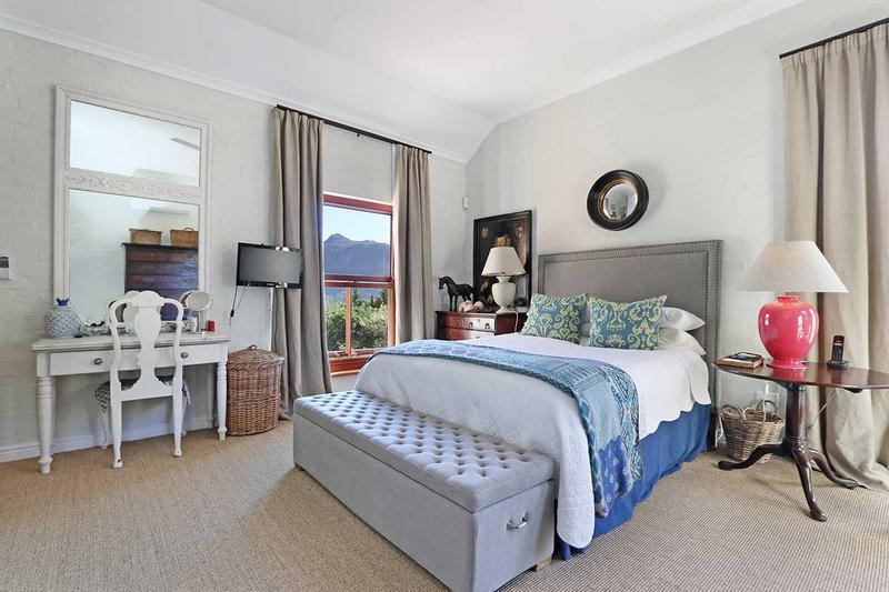 Property For Sale in Scott Estate, Hout Bay 14