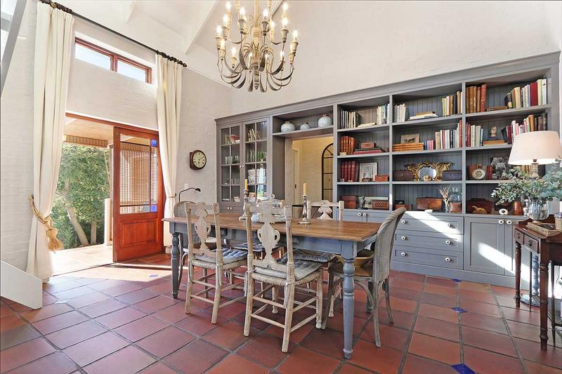 Property For Sale in Scott Estate, Hout Bay 17