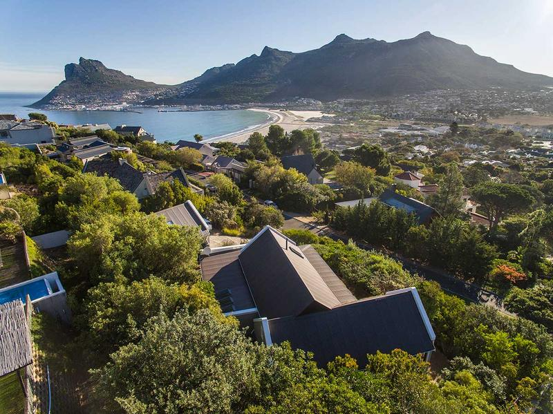 Property For Sale in Scott Estate, Hout Bay 3