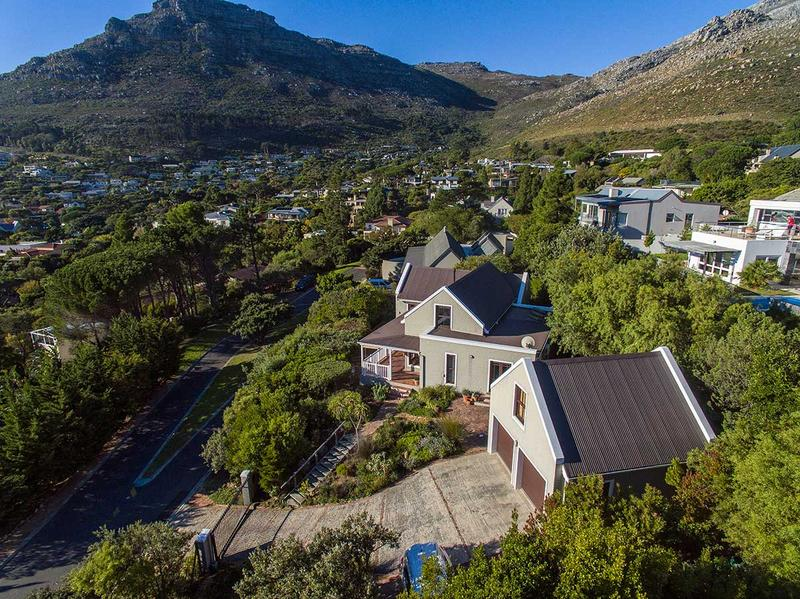 Property For Sale in Scott Estate, Hout Bay 5