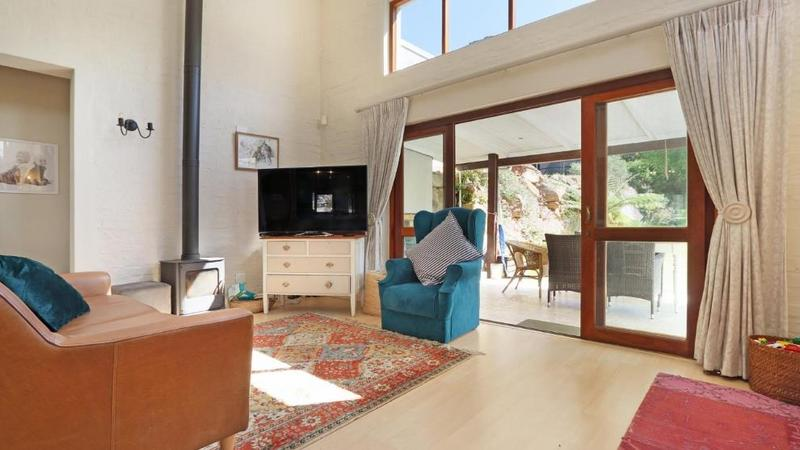 Property For Sale in Kenrock Country Estate, Hout Bay 9