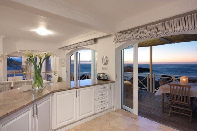 Property For Rent in Llandudno, Cape Town 11