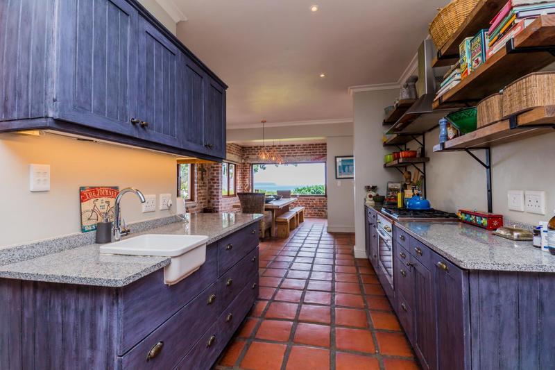 Property For Sale in Scott Estate, Hout Bay 10