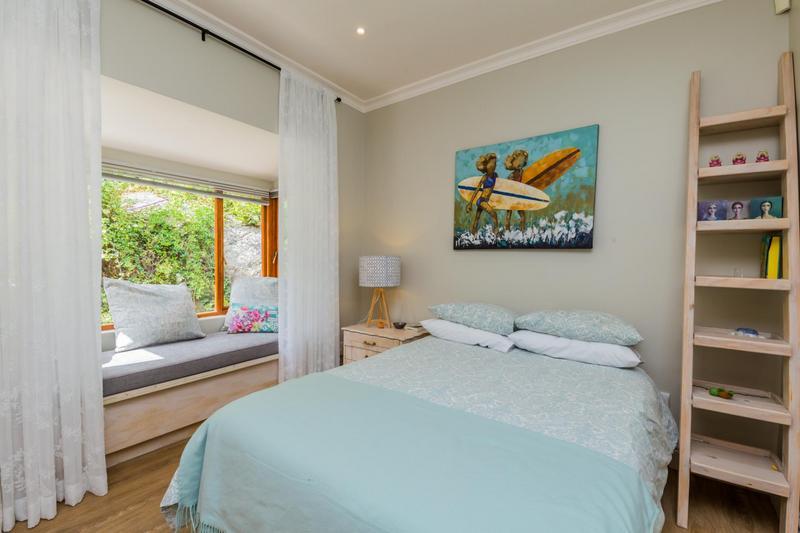 Property For Sale in Scott Estate, Hout Bay 15