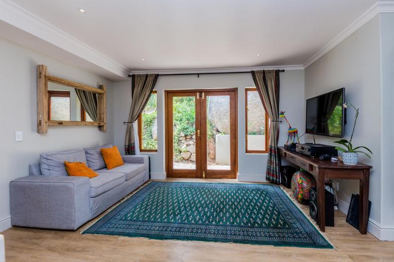 Property For Sale in Scott Estate, Hout Bay 20