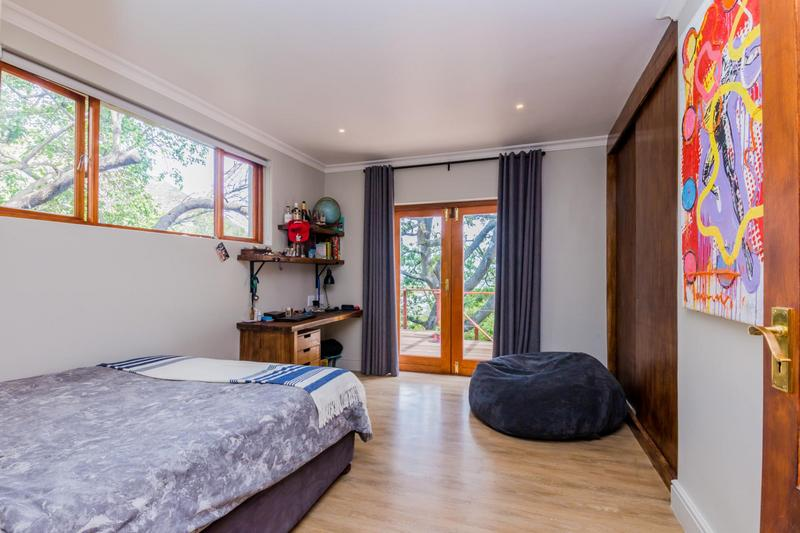 Property For Sale in Scott Estate, Hout Bay 23