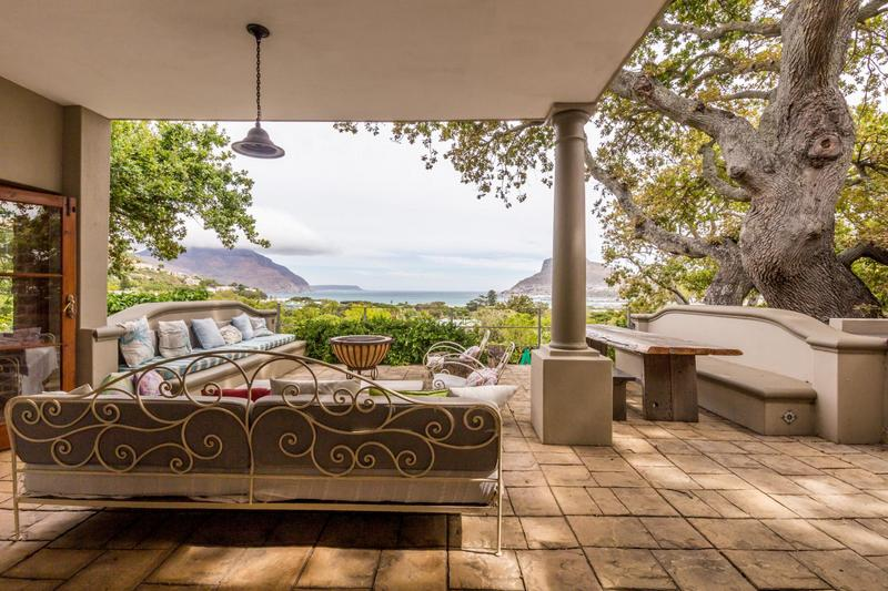 Property For Sale in Scott Estate, Hout Bay 2