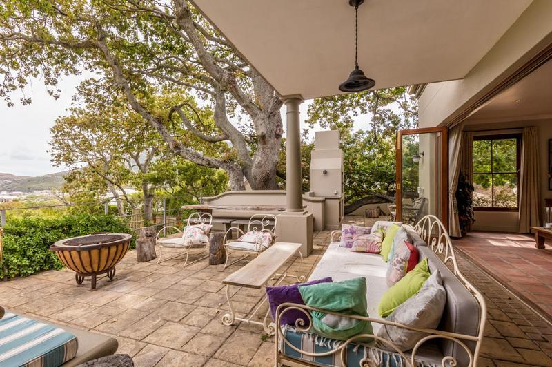 Property For Sale in Scott Estate, Hout Bay 3