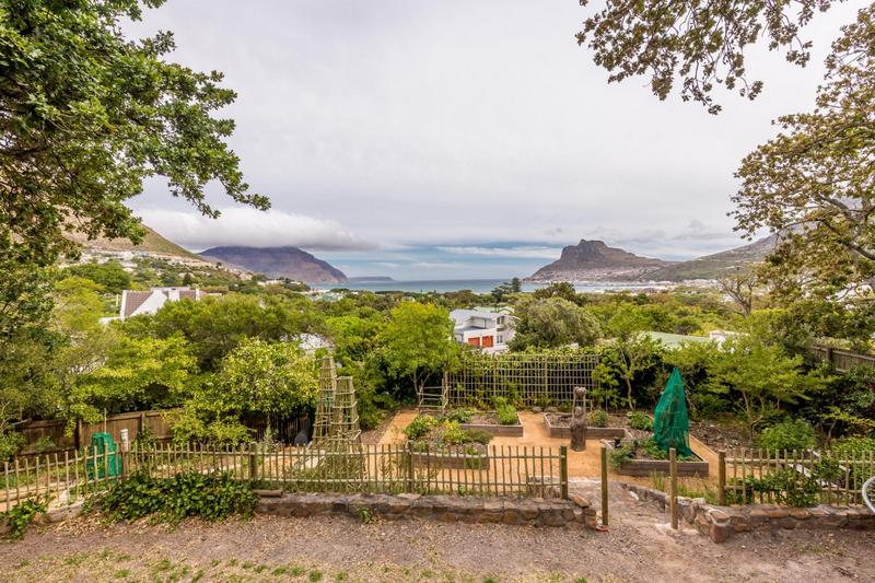 Property For Sale in Scott Estate, Hout Bay 37