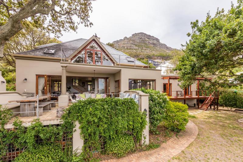Property For Sale in Scott Estate, Hout Bay 4