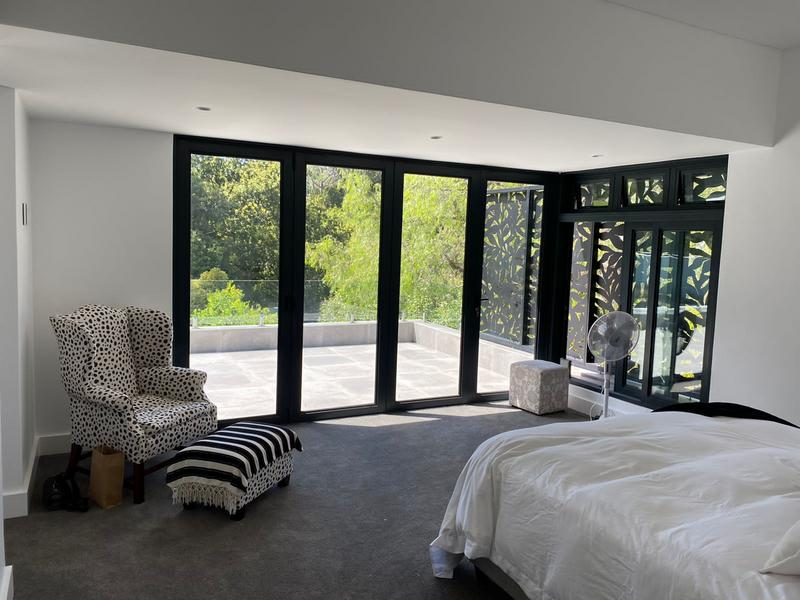 Property For Sale in Constantia, Cape Town 11