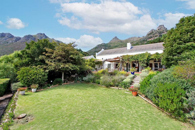 Property For Sale in Hout Bay Central, Hout Bay 2