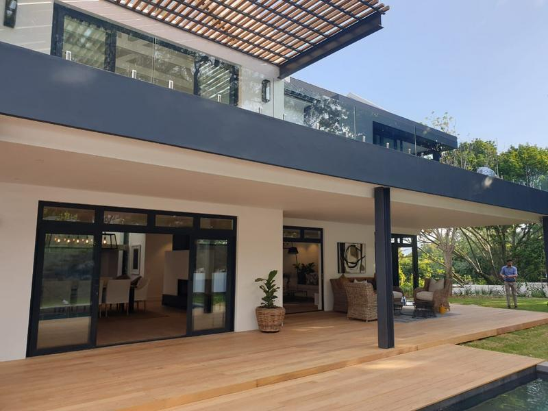 Property For Sale in Constantia, Cape Town 2