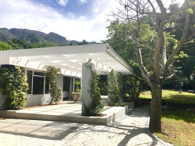 Property For Rent in Constantia, Cape Town 6