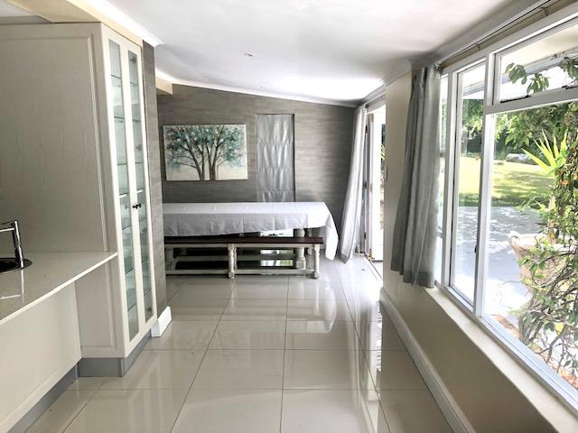 Property For Rent in Constantia, Cape Town 14
