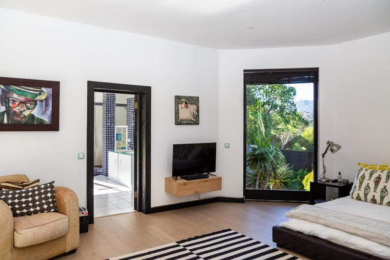 Property For Sale in Kronenzicht, Hout Bay 25