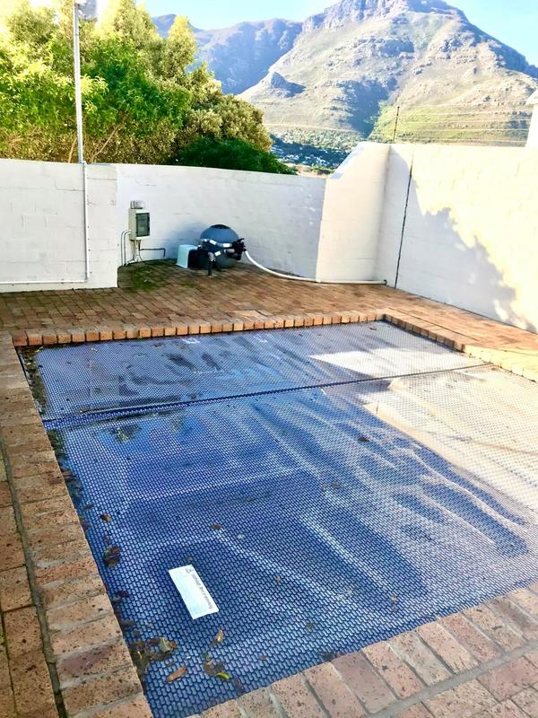 Property For Sale in Beach Estate, Hout Bay 2