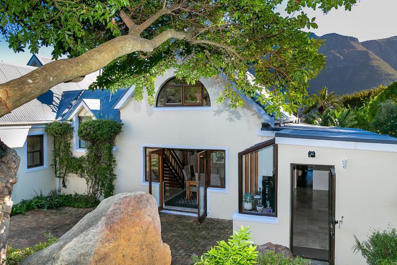 Property For Sale in Bokkemanskloof, Hout Bay 6