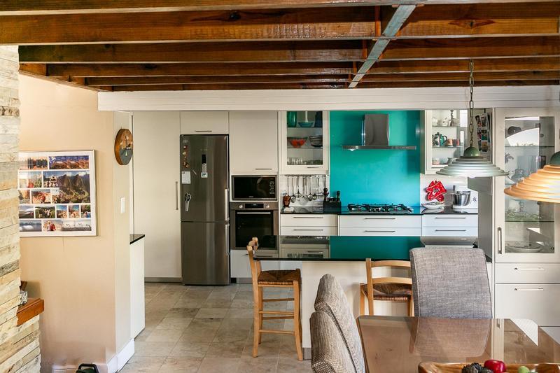 Property For Sale in Bokkemanskloof, Hout Bay 24